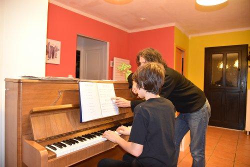 Cours de piano, J-B Voinet